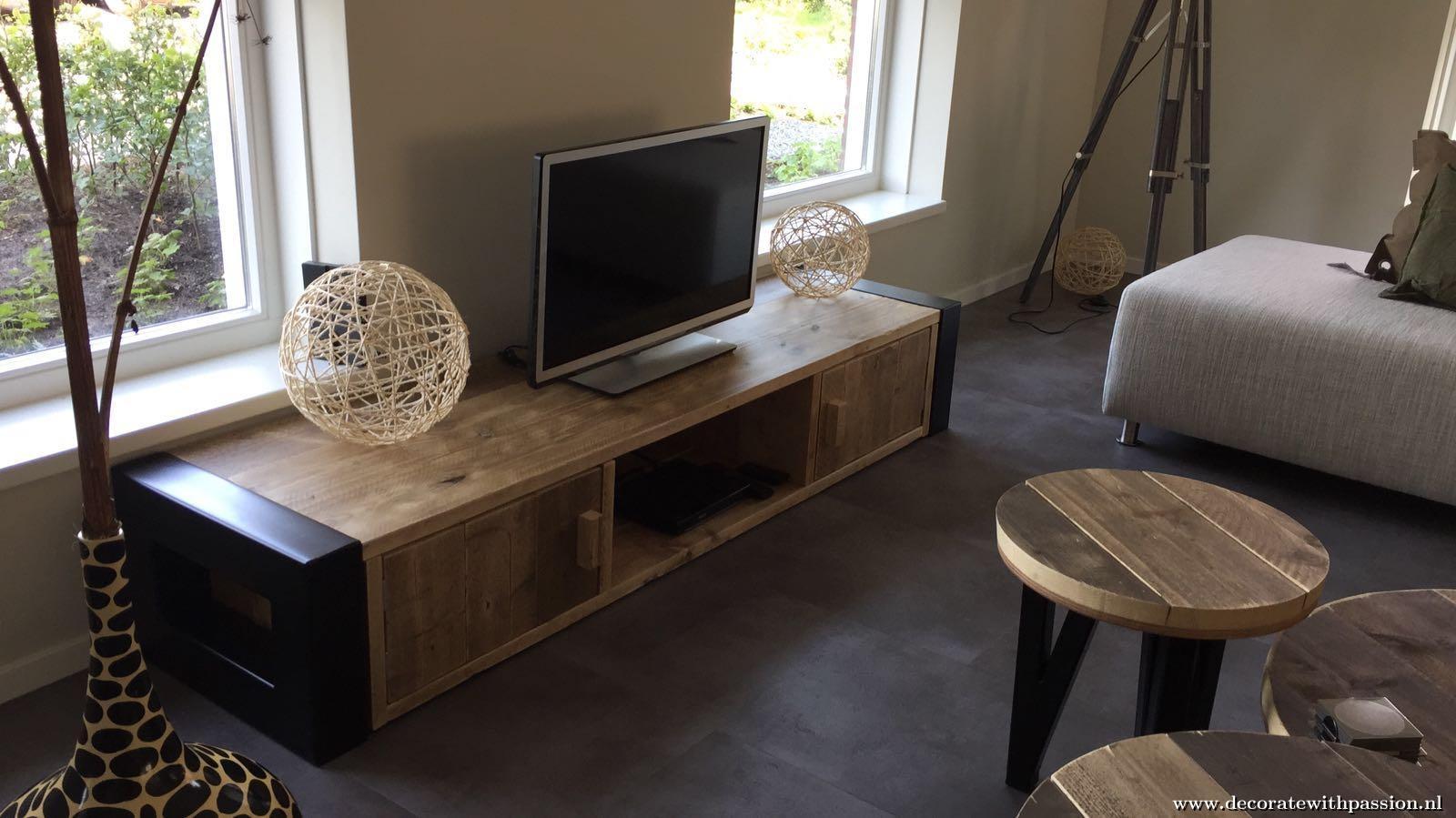 Industriele Tv Meubels : Industrieel tv meubel hoornaar dercorate with passion