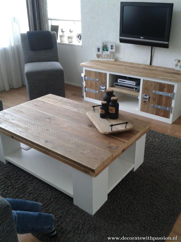 Uw steigerhouten meubelen laat u maken door decorate with passion - Wat op een salontafel ...